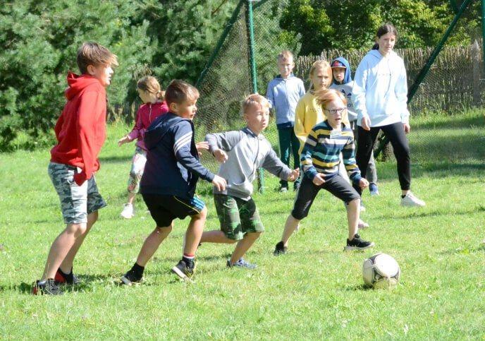 Stovykla Basakojis pramogos futbolas